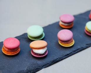 Macaroons in a hedgepodge / 4 Woos